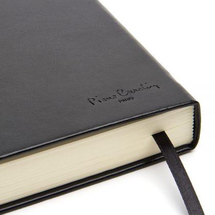 Cuaderno de cuero tapa dura detalle