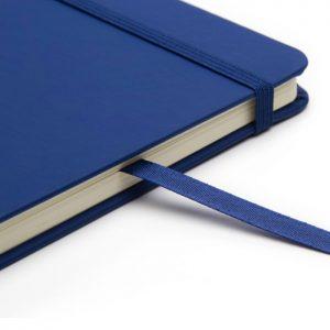 Cuaderno plan A5 azul detalle